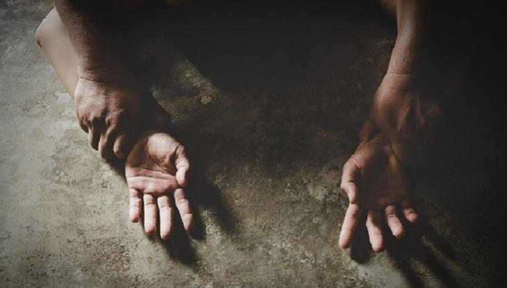 গাইবান্ধায় কাশবনে কিশোরীকে গণধর্ষণ