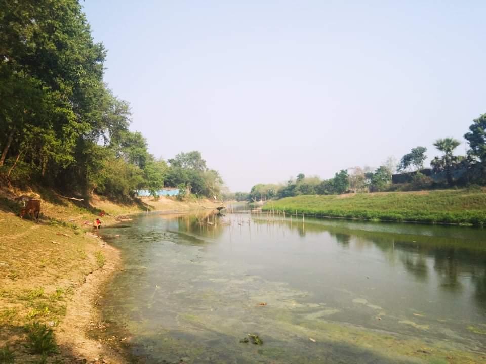 অস্বাস্থ্যকর পরিবেশ ও নাব্যতা হারিয়ে মৃত্যুর মুখে রাজশাহীর বারনই নদী