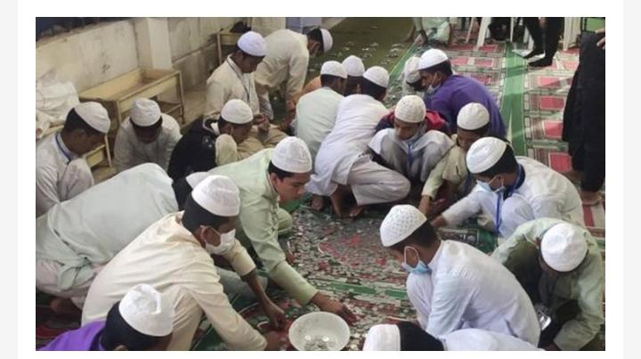 পাগলা মসজিদের দান সিন্দুকে এবার পাওয়া গেল ২ কোটি ৩৪ লাখ টাকা