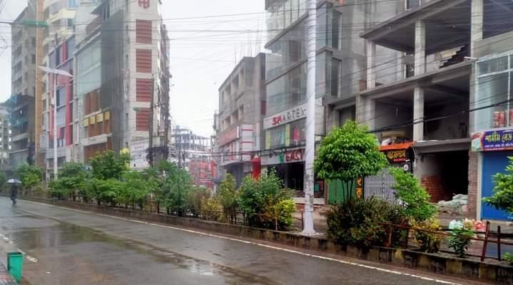 রাজশাহীতে কঠোর বিধিনিষেধসহ পালিত হচ্ছে লকডাউন