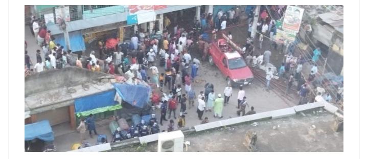 চাঁপাইনবাবগঞ্জে ৪০ দোকানে আগুন, অর্ধ কোটি ক্ষতি